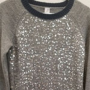Sequince Sweater
